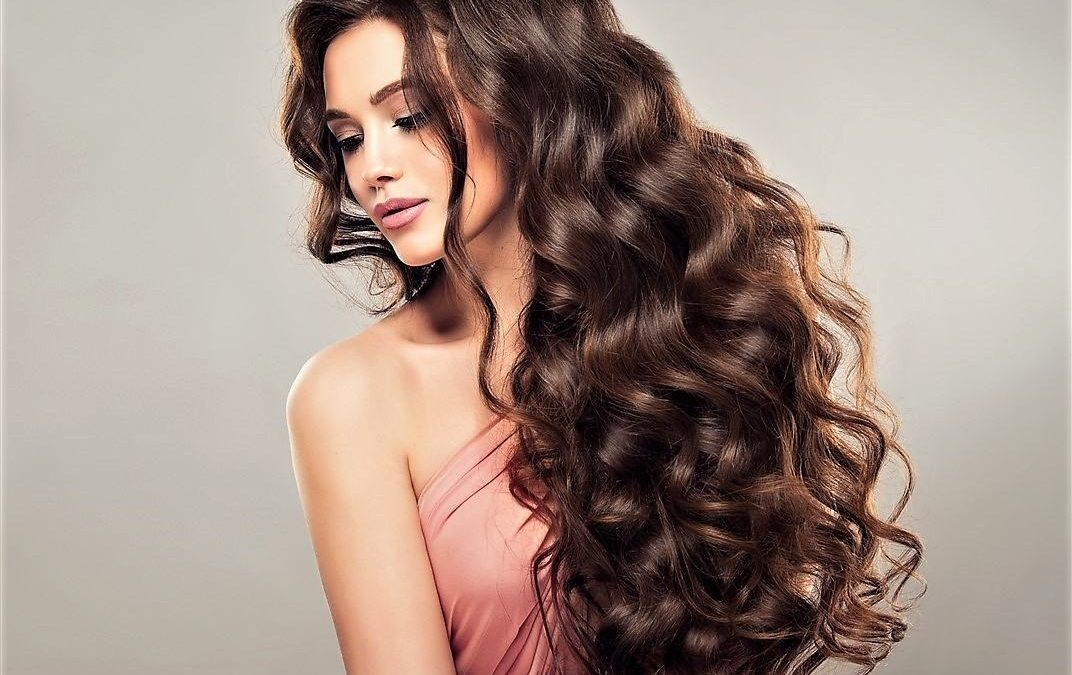 HOW TO MAKE YOUR HAIR SILKY